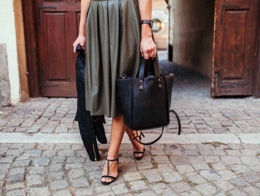 Comment porter la jupe en cuir ?